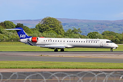 EI-FPX Bombardier CRJ.900LR SAS Scandinavian Airlines (CityJet) MAN 11MAY19 (Ken Fielding) Tags: eifpx bombardier crj900lr sas scandinavianairlines cityjet aircraft airplane airliner jet jetliner regionaljet