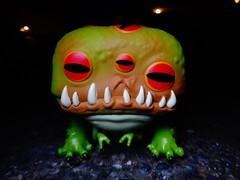 Rad Toad (ridureyu1) Tags: radtoad fallout76 funkopop fallout bethesda postapocalypse toy toys actionfigure toyphotography sonycybershotsonycybershotdscw690