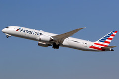 American Airlines   Boeing 787-9   N840AN   Los Angeles International (Dennis HKG) Tags: aircraft airplane airport plane planespotting oneworld canon 7d 100400 losangeles klax lax american americanairlines aal aa usa boeing 787 7879 boeing787 boeing7879 dreamliner n840an