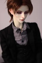 viktor (plasticmoon) Tags: dollshe rosen bjd