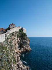Cliffs Below the Old City Wall (Bill Herndon) Tags: adriatic croatia dubrovnik flickr k30 pentax sigma cliffs published sea sky walls water wrherndon dubrovnikneretvacounty