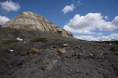 Eagle Butte Trail, Grasslands - DSC_3504a (Markus Derrer) Tags: eaglebutte hikingtrail saskatchewan markusderrer may grasslandsnationalpark grasslands butte