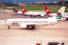 Viva Air Boeing 737-300; EC-GGE@ZRH;11.10.1997 (Aero Icarus) Tags: zrh lszh zürichkloten zürichflughafen zurichairport plane aircraft flugzeug