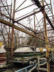 Last ride (Lo.Re.79) Tags: abandoned decay exploration forgotten italy lunapark rotten rottenplaces urban urbex