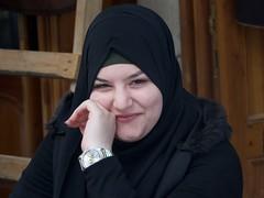 Hora 9.48.52: Això és fantàstic: Finalment aquesta senyora em somriu. (heraldeixample) Tags: heraldeixample liban lebanon tripoli tripolis athar tarabulus mamluks ottoman arquitectura soc souq zoco souk soco suq cyk рынок dona woman mujer frau femme fenyw bean donna mulher femeie 女人 kadın женщина หญิง boireannach kobieta 铁 somrís smile sonrisa sourire somriure lächein grin maca 人 ngc mainada canalla fill nens children child enfant infant kind criança bambino 孩子 mother mare madre mère mutter eltern genitori pai pais mãe พ่อ แม่ พ่อแม่ 父亲 母亲 父母 albertdelahoz