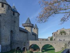 CARCASSONNE-083-LES REMPARTS-OCCITANIE-_DSC0438 (bercast) Tags: aude carcassonne chateau chateaumedival france lesremparts occitanie ue bc bercast lacitédecarcassonne lamuraille lechateau