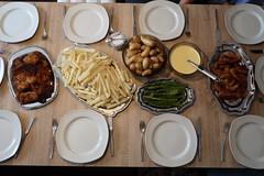 Spargel mit Sauce Hollandaise, Pellkartoffeln und panierten Schnitzeln (Tischbild) (multipel_bleiben) Tags: essen zugastbeifreunden spargel typischdeutsch schnitzel schweinefleisch paniert sose kartoffeln gemüse