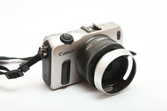 IMG_0342 (pockethifi) Tags: eos m canon mirrorless camera 22f2