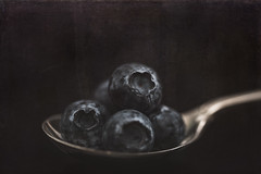 31/100 A Spoonful...of Blueberries (belincs) Tags: blueberries indoors macro aspoonful stilllife flash lincolnshire silverspoon may 2019 uk macromondays 100xthe2019edition 100x2019 image31100