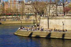 472 Paris en Mars 2019 - quai d'Orléans dans l'ïle Saint-Louis (paspog) Tags: paris france seine mars march märz 2019 quaidorléans îlesaintlouis