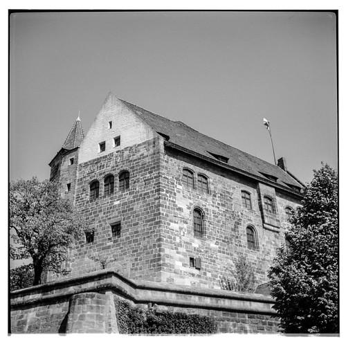 Kaiserburg, Palas
