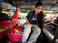Bangkok Yaowarat Chinatown-3270521 (Neil.Simmons) Tags: thailand bangkok yaowarat chinatown candid streetphotography laowa 75mm f2 ultra wide angle uwa ultrawideangle tuktuk taxi