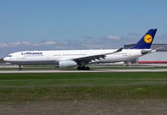 D-AIKG Lufthansa A333 (twomphotos) Tags: plane spotting yul cyul rwy24l rwy06r lufthansa airbus a333