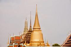 138/365: regal spires (Fille.de.Lumière) Tags: spires thailand bangkok royalpalace warmphotographs gold golden royal project365 365