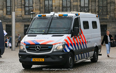 Dutch police Mercedes-Benz Sprinter (Dutch emergency photos) Tags: politie police polizei polit politi politiet polis polisi polisie polisia polizia policia politia policie polici politievoertuig politiebus politiebussen politievoertuigen policevan policevans policevehicles vehicle vehicles voertuig voertuigen van vans bus bussen 999 911 112 nederland nederlands nederlandse netherlands netherland dutch emergency photo photos foto fotos amsterdam amsterdams amstelland blauw licht blue light lightbar lichtbalk lichtbak mobiele eenheid me riot riotpolice mercedes benz sprinter prisoner transport arrestanten arrestantenvervoer vervoer prisonertransport transportation rasters