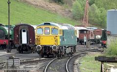 33102 at Cheddleton (jon33040) Tags: class33 churnetvalleyrailway cheddleton aruba