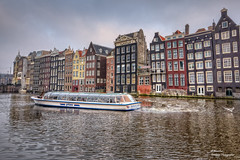 Damrak Canal Houses. Amsterdam (Postcards) (Abariltur) Tags: abariltur castellón spain nikond90 afsdxnikkor1024mmf3545ged amsterdam damrak canalhouses netherland
