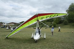 G-CEZX (IndiaEcho) Tags: gcezx pegasus quick eghp popham airport airfield light general civil aircraft aeroplane aviation basngstoke hampshire england canon eos 1000d microlight fly in
