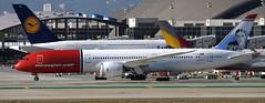 Boeing 787-900 G-CKWD (707-348C) Tags: losangeles thehill klax passenger airliner jetliner boeing boeing787 gckwd norwegianairuk nrs lax norwegian california usa dreamliner b789 2019 ca norwegiancom