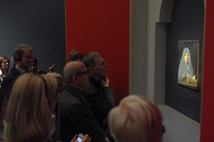 L'arte ci cura  (Tiziano Terzani) (Alberto Cameroni) Tags: antonellodamessina annunciata milano palazzoreale leica leicaxtyp113 visitatori citazione tizianoterzani arte