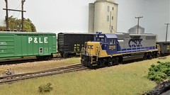 2112 Switching The Yard. (ManOfYorkshire) Tags: north carolina switching shunting diesel csx 2112 hogauge 187 scale model railway train layout neepsend 2019 sheffield show exhibition american usa outline fictitious