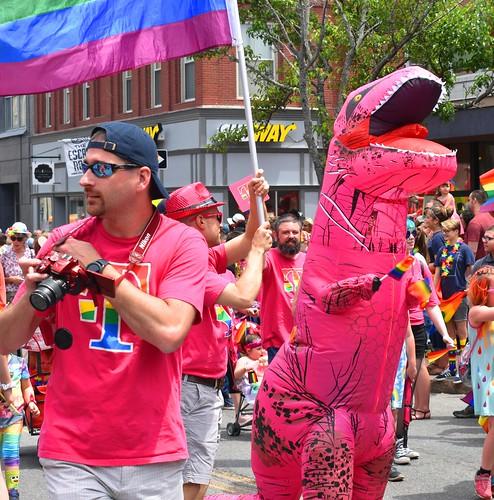 0DSC_0586  T-Mobile Pink Dinosaur