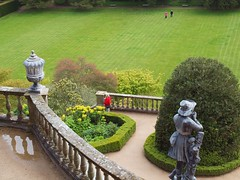 Powis Castle Garden: terrace, statue, and visitors (green voyage (falling behind again)) Tags: flowers trees gardens wales spring topiary afternoon britain 17thcentury terraces may statues balconies paths baroque 20thcentury nationaltrust shrubs edwardian lawns powys urns midwales montgomeryshire welshpool terracegardens gardenpaths sirdrefaldwyn baroquegardens powiscastlegarden edwardiangardens williamwinde leadurns leadstatues windewilliam people