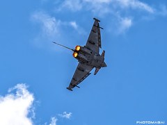 Getafe Airshow 2019 (Ejército del Aire Ministerio de Defensa España) Tags: avión aviación militar aviation military cielo azul vuelo flight caza fighter jet airshow aerobatic airbase baseaérea getafe eurofighter typhoon ala14 nubes cloud