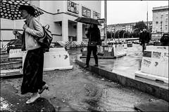 17drg0019 (dmitryzhkov) Tags: urban outdoor life human social public stranger photojournalism candid street dmitryryzhkov moscow russia streetphotography people bw blackandwhite monochrome badweather