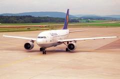 Lufthansa Airbus A310-300; D-AIDC@ZRH;11.10.1997 (Aero Icarus) Tags: zrh zürichkloten lszh zurichairport zürichflughafen negativescan avion aircraft flugzeug plane lufthansa airbusa310300 daidc
