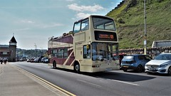 East Yorkshire (Scarborough & District) Bus 882, Seafront, Scarborough. (ManOfYorkshire) Tags: eastyorkshire scarboroughdistrict bus opentop opentopper plaxton president londoncentral ex x588egk 882 seafront scarborough northyorkshire seaside route109