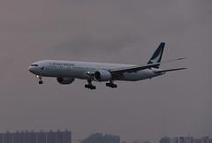 Cathay Pacific Boeing 777-367(ER) B-KPU (EK056) Tags: cathay pacific boeing 777367er bkpu hong kong chek lap kok airport