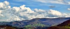 MIS MONTAÑAS, MIS VALLES, MIS NUBES (Angelines3) Tags: montañas martesdenubes valles nwn nubes naturaleza paisaje prados panorámica colores cantabria cielo