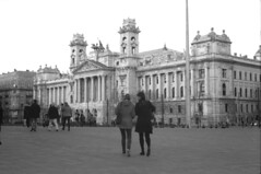 The Ethnographic Museum in Budapest (lumpy79) Tags: praktica mtl5 helios44m 258 ilford hp5 400 1600 the ethnographic museum budapest