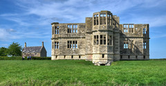 Lyveden New Bield, Northamptonshire (Baz Richardson (now away for a few days)) Tags: northamptonshire lyvedennewbield sirthomastresham 16thcenturyarchitecture uncompletedbuildings nationaltrust