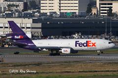 N40061 at LAX (320-ROC) Tags: fedexexpress fedex n40061 mcdonnelldouglas md10 md1010 md1010f dc10 klax lax losangelesinternationalairport losangelesairport losangeles