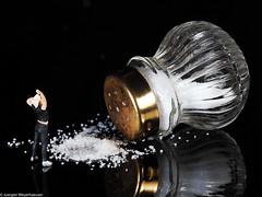 Macro Mondays - #Superstition / Aberglauben (J.Weyerhäuser) Tags: 187 aberglauben h0 hmm macromondays preiser salt salz superstition tinypeople