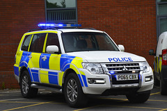 PO65 CBX (S11 AUN) Tags: lancashire constabulary mitsubishi shogun 4x4 osu operational support unit department events policing command vehicle anpr police traffic car rpu roads 999 emergency nwmpg northwestmotorwaypolicegroup po65cbx