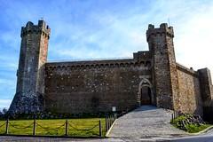 Like a postcard 😍 . . . #like #follow #share #comment #subscribe #castelnuovodellabate #montalcino #borghettomontalcino #tuscany #tuscanygram #italy #italy #italia #santantimo #valdorcia #travel #travelblogger #travelphotography #travelgram #tr (borghettob) Tags: travelling valdorcia discover like subscribe tuscany castelnuovodellabate follow borghettomontalcino travelblogger travels travelphotography santantimo italia montalcino travelholic share comment travel travelgram tuscanygram italy