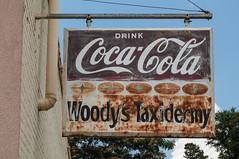 Woody's Taxidermy (jwcjr) Tags: baldwin cocacola cokesign sign woodystaxidermy fadedsign ghostsign baldwinga baldwingeorgia smalltown smalltownga pentax