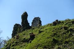 Ruin of castle @ Châtillon-sur-Cluses @ Hike to Mont Orchez (*_*) Tags: 2019 may afternoon spring printemps europe france hautesavoie 74 cluses savoie hiking mountain montagne walk marche randonnee nature ruin castle chateau chatillon