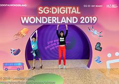 SG Digital Wonderland (Stinkee Beek) Tags: singapore sunteccity erin ethan