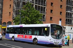 Leeds (Andrew Stopford) Tags: mv02vbe volvo b7l wright eclipse first leeds