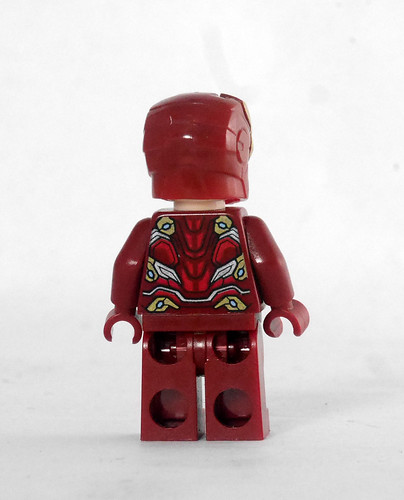 76125 Iron Man Hall of Armor