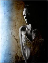 REMY FLORENCE 1993 3 2016 (REMYRO) Tags: color cool design portrait tableau glamour concept illustration elegance art style femme beauty beauté surréaliste couleur lumière peinture noir et blanc bleu jaune aplat profil