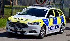 Gloucestershire Police Ford Mondeo Dog Unit (Oxon999) Tags: police policeunmarked policeforce policevauxhall policebmw policecar policevan ukpolice roadspolicing unmarkedpolice ministryofdefencepolice modpolice armedresponsevehicle armedresponse arv unmarked traffic trafficunit bluelights gloucester