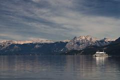 Bariloche 2019 - Lago y Catamaran (Pablo Begni) Tags: argentina patagonia neuquen nauhuelhuapi bahiamanzano lago catamaran agua montañas nubes cielo nieve encuadre foco reflejo luz nikond800 d800 nikon