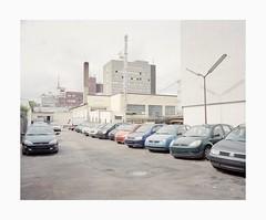 Ehrenfeld, 2019 (Darius Urbanek) Tags: 120 6x7 kodak mamiya7 portra400 analog color film mediumformat ehrenfeld köln cologne cars