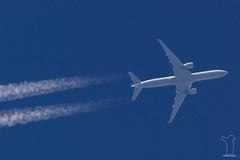 N2644U (PM's photography) Tags: aviation avporn avgeek airline airliner plane jet sky travel spotting rnav rnavspotterspl contrail chemtrail airplane flying boeing b777 b77w b773 b777300er ua ual united ua954 ual954 n2644u sfo ksfo tlv llbg