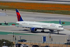 B757 N596NW Los Angeles 28.03.19 (jonf45 - 5 million views -Thank you) Tags: airliner civil aircraft jet plane flight aviation lax los angeles international airport klax delta air lines boeing 757 n596nw